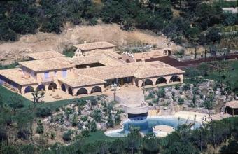 La mythique maison de Johnny Hallyday  « Lorada » en vente