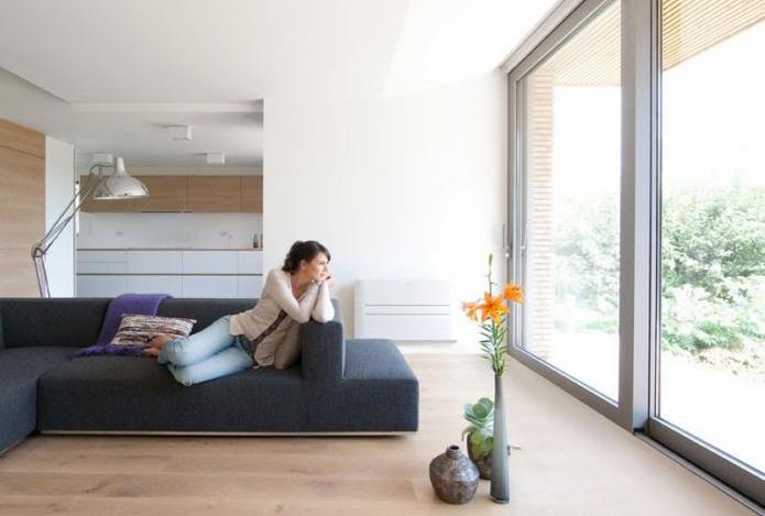 Les Français passent 9h15 en moyenne dans leur logement
