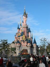 Disneyland Paris : très belle fréquentation mais un pôle immobilier qui alourdit les dettes