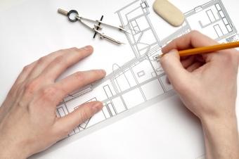 Qui choisir pour construire sa maison ? Architecte, constructeur, artisan
