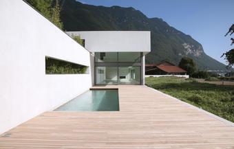 Réussir la terrasse en bois d'une maison