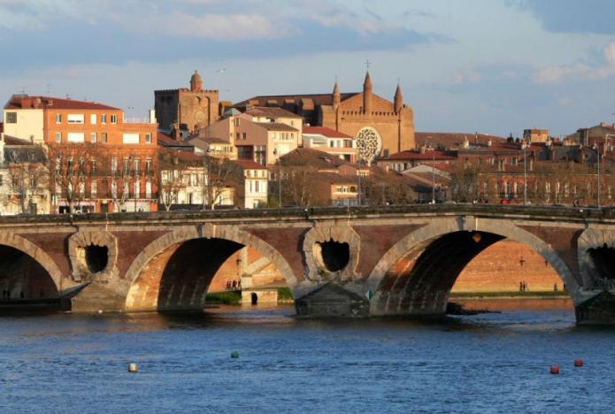 Toulouse vend ses logements sociaux à leurs locataires