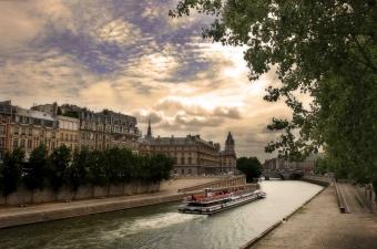 Immobilier les prix baissent progressivement à Paris