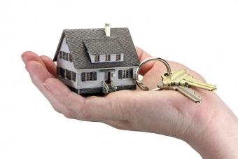 Baisse des prix immobiliers : déjà en baisse entre particuliers et attendue rapidement pour les autres transactions