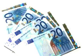 Taux de crédit : emprunter coûte un peu plus cher
