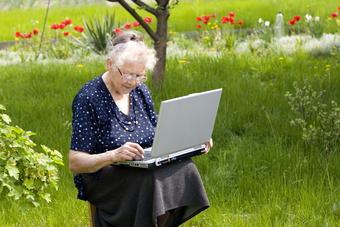 Résidences pour seniors : coût exorbitant des charges et services