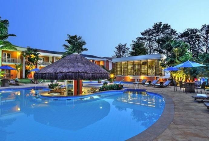 Les Bleus logés au Brésil dans un hôtel menacé de fuites