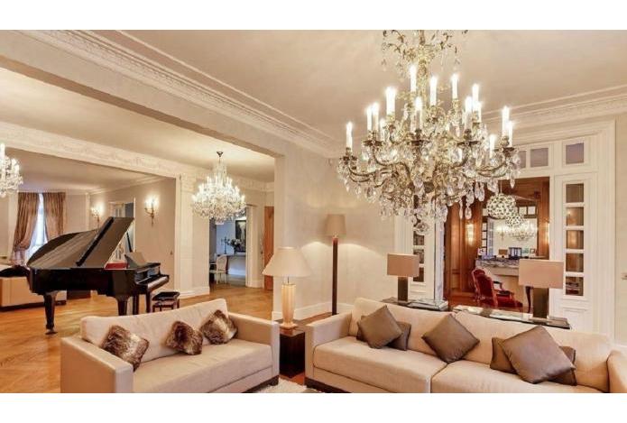 Paris : l'immobilier de luxe se vend bien