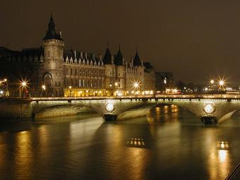 Le Pavillon de l'Arsenal invite à découvrir Paris la nuit