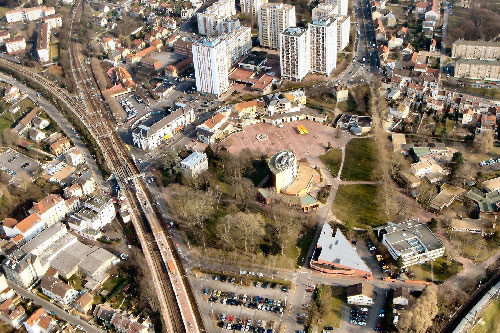 Les villes proches de Paris luttent contre la montée des prix de l'immobilier : Saint-Ouen