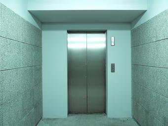 Ascenseurs : la nouvelle sécurisation reportée dans un an