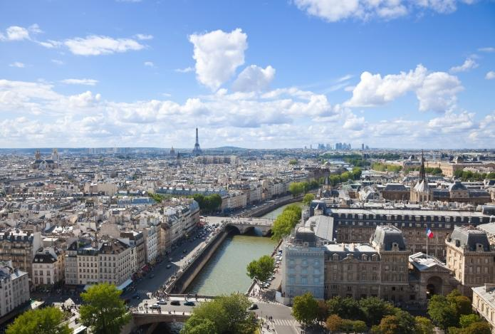 Les prix de l'immobilier continuent de baisser doucement à Paris