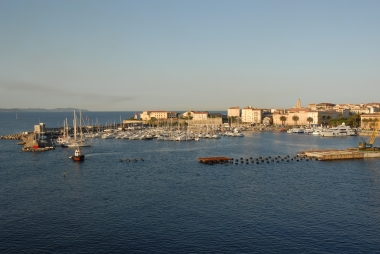 Les Corses devront-t-ils aux aussi, payer des droits de succession ?
