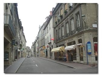 Immobilier à Besançon : prix en baisse  et allongement des délais de vente