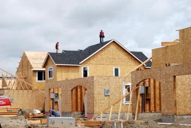 Mises en chantier et permis de construire en recul
