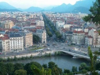 Grenoble : tendance baissière des prix immobiliers