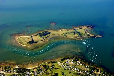 L'avocat Olivier Metzner vend son île bretonne