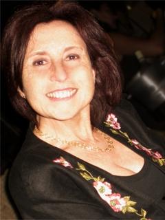 Marie-Claude Desormière, agent immobilier, directrice de l'agence immobilère Immosky 06 Terres & Mer