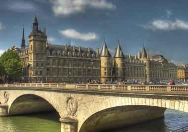 Immobilier Paris : des prix toujours élevés mais en stagnation
