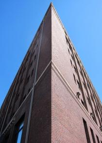 Reconversion de bureaux en logements : une solution face à la crise ?