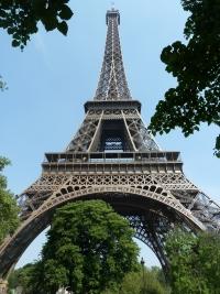 Le premier étage de la Tour Eiffel est en pleine rénovation