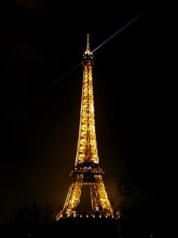 434 milliards pour la Tour Eiffel