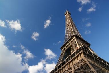 Des étages en sous-sol pour La Tour Eiffel ?