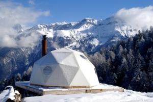 Dormir dans un pod, une expérience unique en Suisse